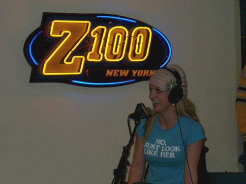 23112003Z100InterviewinNewYork_(1).jpg