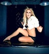 Britney_Spear_-_Do_Somethin__-_[DVD]_avi_000112487.jpg