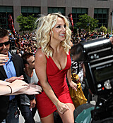britney-spears-cleavage-spandex-dress-x-factor-auditions-0628-5.jpg