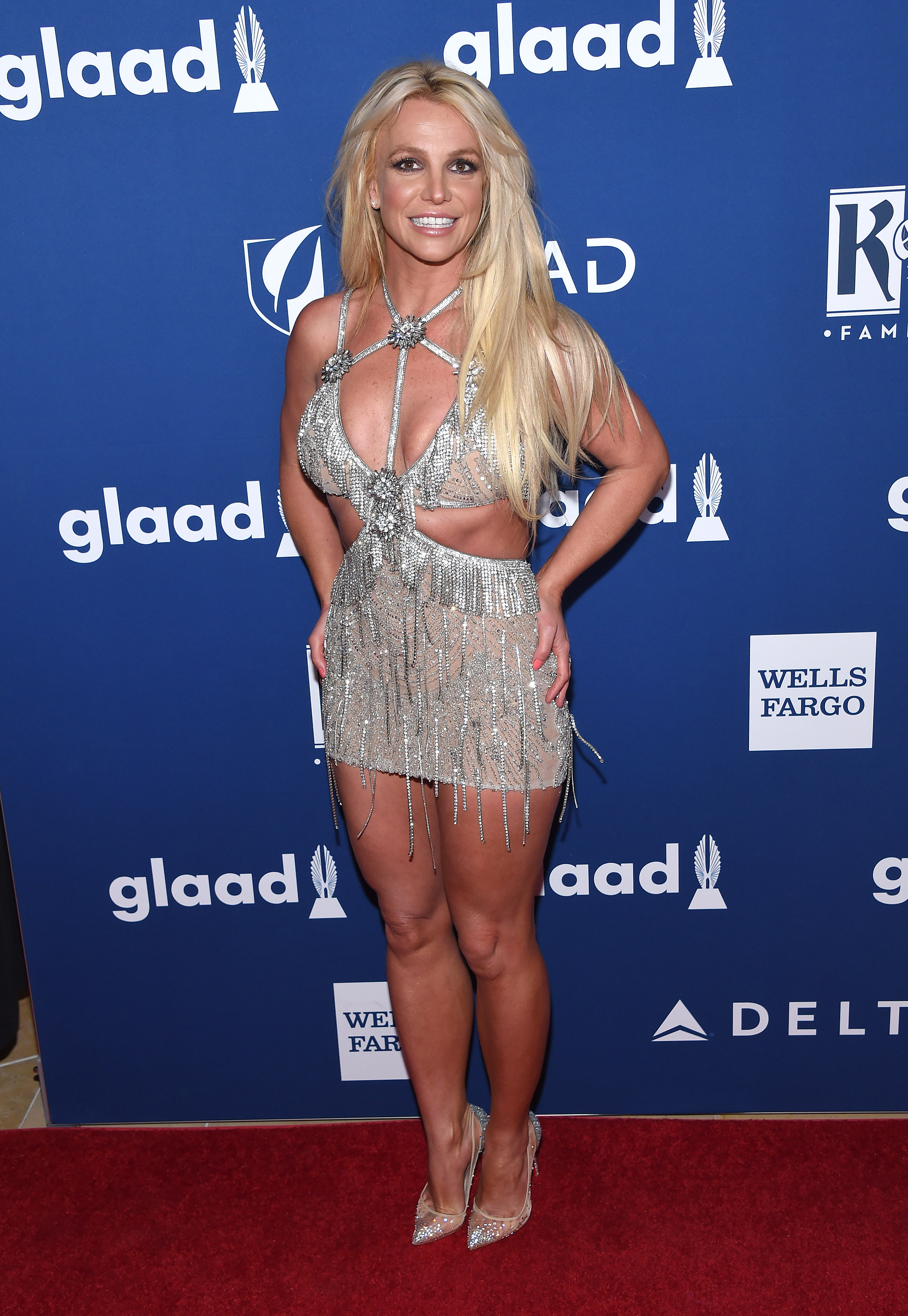 68169307_britney-spears-attends-the-29th
