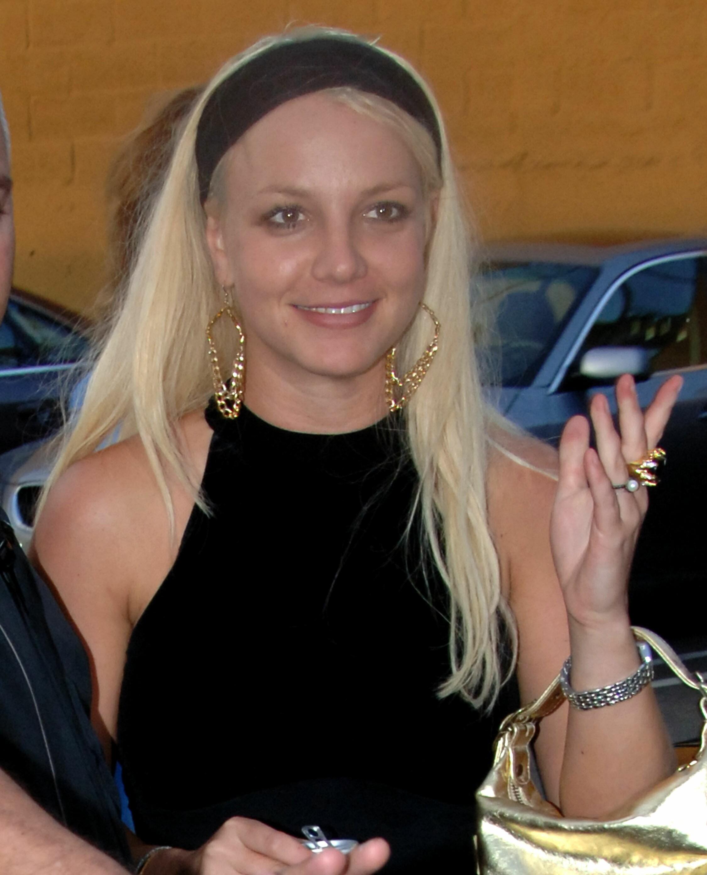 Britney_Millennium_002.jpg