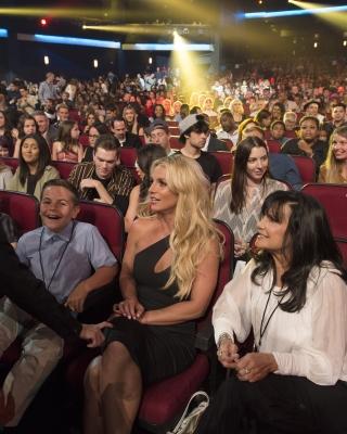 April 29 - Britney At The 2017 Radio Disney Music Awards ...