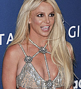 68168841_britney-spears-attends-the-29th-annual-glaad-media-awards-at-the-beverly-hilto.jpg