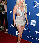 68168897_britney-spears-attends-the-29th-annual-glaad-media-awards-at-the-beverly-hilto.jpg