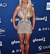 68168936_britney-spears-attends-the-29th-annual-glaad-media-awards-at-the-beverly-hilto.jpg