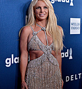 68168986_britney-spears-attends-the-29th-annual-glaad-media-awards-at-the-beverly-hilto.jpg