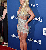 68169042_britney-spears-attends-the-29th-annual-glaad-media-awards-at-the-beverly-hilto.jpg