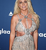 68169215_britney-spears-attends-the-29th-annual-glaad-media-awards-at-the-beverly-hilto.jpg