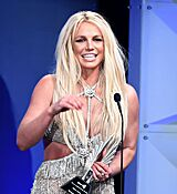 68169324_britney-spears-attends-the-29th-annual-glaad-media-awards-at-the-beverly-hilto.jpg
