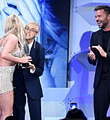 68169328_britney-spears-attends-the-29th-annual-glaad-media-awards-at-the-beverly-hilto.jpg