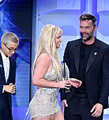 68169331_britney-spears-attends-the-29th-annual-glaad-media-awards-at-the-beverly-hilto.jpg