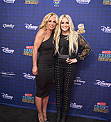 britney-spears-2017-radio-disney-music-awards-microsoft-theater-in-los-angeles-042917-1.jpg