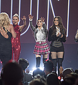 britney-spears-2017-radio-disney-music-awards-microsoft-theater-in-los-angeles-042917-15.jpg