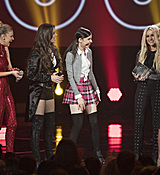 britney-spears-2017-radio-disney-music-awards-microsoft-theater-in-los-angeles-042917-16.jpg