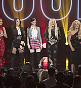 britney-spears-2017-radio-disney-music-awards-microsoft-theater-in-los-angeles-042917-25.jpg