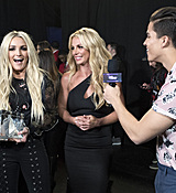 britney-spears-2017-radio-disney-music-awards-microsoft-theater-in-los-angeles-042917-33.jpg