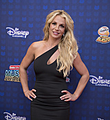 britney-spears-2017-radio-disney-music-awards-microsoft-theater-in-los-angeles-042917.jpg