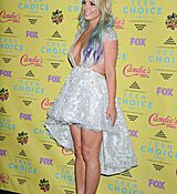 britney-spears-at-2015-teen-choice-awards-in-los-angeles_18.jpg