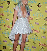 britney-spears-at-2015-teen-choice-awards-in-los-angeles_19.jpg