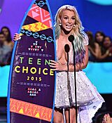britney-spears-at-2015-teen-choice-awards-in-los-angeles_21.jpg