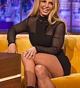britney-spears-at-jonathan-ross-show-in-london-09-30-2016_10.jpg