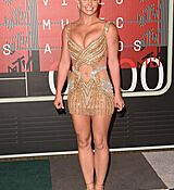 britney-spears-at-mtv-video-music-awards-2015-in-los-angeles_2.jpg