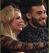 britney-spears-help-boyfriend-sam-asghari-support-his-sister-03.jpg