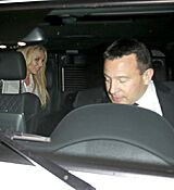 britney-spears-leaving-with-her-boyfrie_0003.jpg