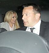 britney-spears-leaving-with-her-boyfrie_0007.jpg