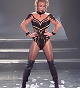 britney-spears-new-costumes-vegas-photos-00-480w.jpg