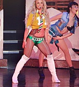 britney-spears-new-costumes-vegas-photos-03-480w.jpg