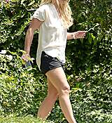 britney-spears-seen-out-in-los-angeles-july-22015-x28-11.jpg