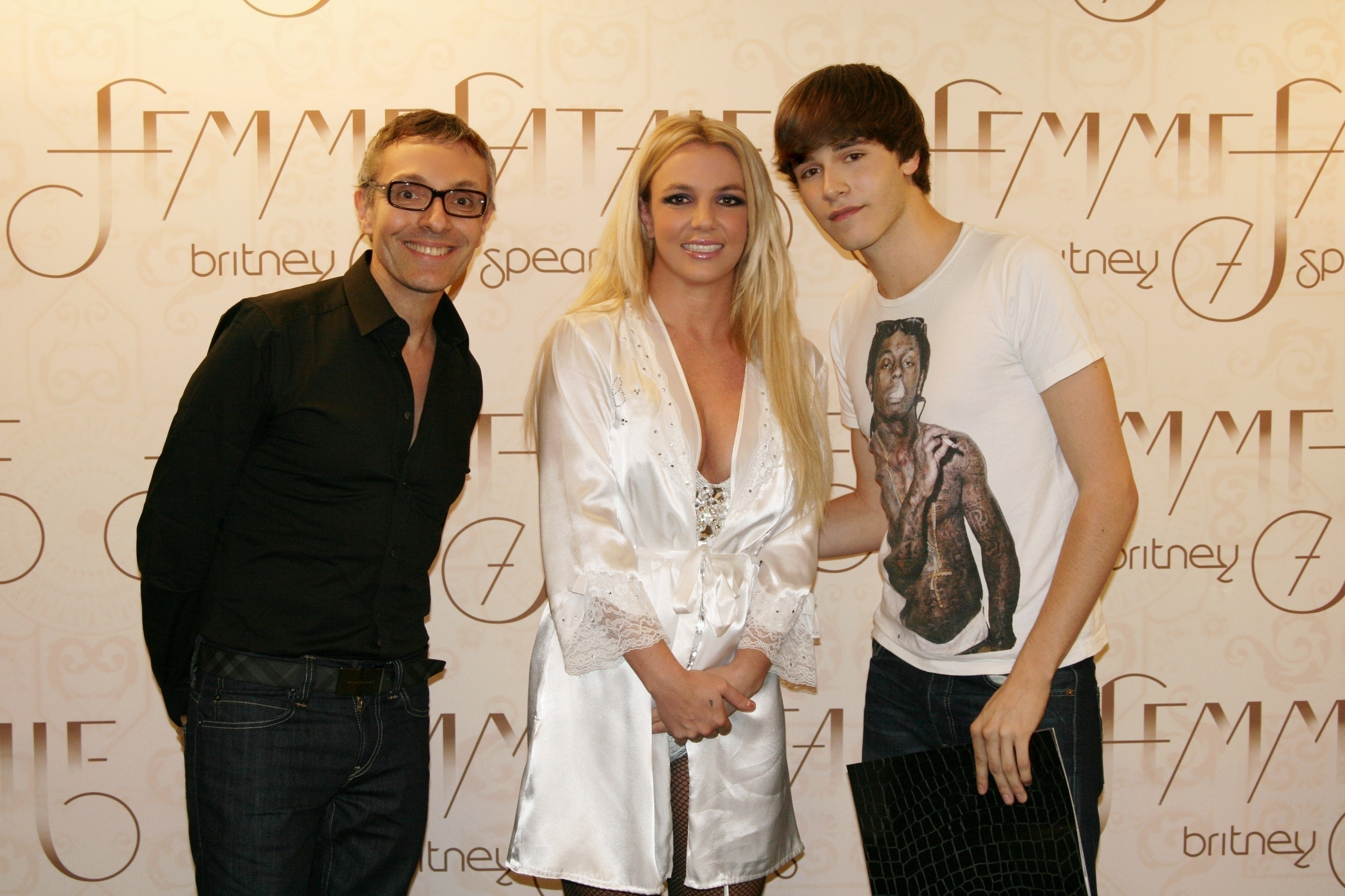 October 03 2011 zurich switzerland meet greet zurich download picture m4hsunfo