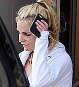 Britney_Spears_-_Arriving___Leaving_a_Dance_Studio_in_Los_Angeles_25_02_2017_39.jpg