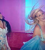 Britney_Spears_-_Slumber_Party_ft__Tinashe_553.jpg