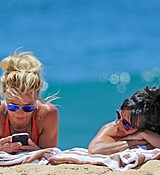 TOZ_BRITNEY_HAWAII_APRIL14_2017_281229.jpg