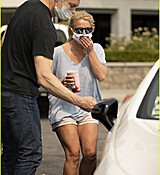 britney-spears-shopping-september-2020-01-4.jpg